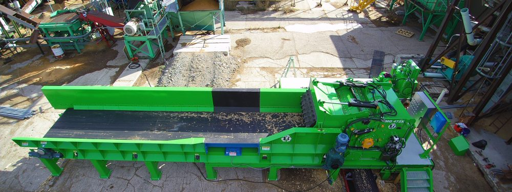 waste wood management, wood fiber, compost production, bark hog , wood grinder, biomass processing, wood recycling, sawmill equipment , wood hog, wood residuals , garbage grinder alternative Fuels, Biomass Co-Generation, Pulp and paper grinders, Compost grinder , Mulch operations, Recycling Facilities, Waste to Energy , wood debris, construction waste, demolition waste landscape mulch, soil conditioner, animal bedding, compost additive, sewage sludge, boiler fuel, hog fuel , biomass fuel